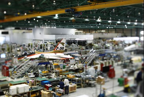 Korea Aerospace Declines as Stake Sale Abandoned