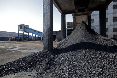 China's Coal-Fired Economy Dying of Thirst as Mines Lack Water