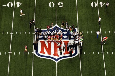 NFL Says in Talks With Providers on New Sunday Ticket Contract