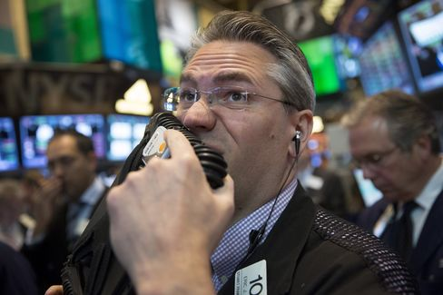 U.S. Stocks Extend Loss as Business Activity Unexpectedly Falls