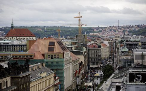 Czechs Exit Record-Long Recession as Exports Help Revive Poland