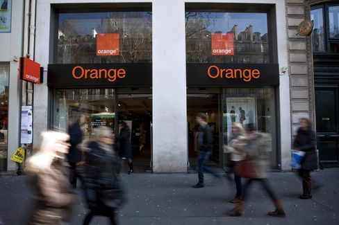 France Telecom's Online Push Takes Orange to Italy, South Africa