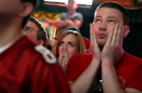 Super Bowl Sets Preliminary Ratings Record After Half-Hour Delay
