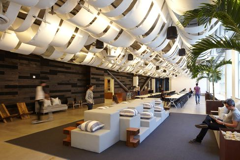 Tech Startups Turn to Cool Office Designs