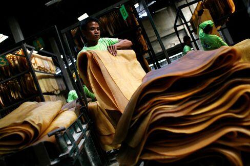 Biggest Rubber Glut Since 2004 Cuts Michelin Costs