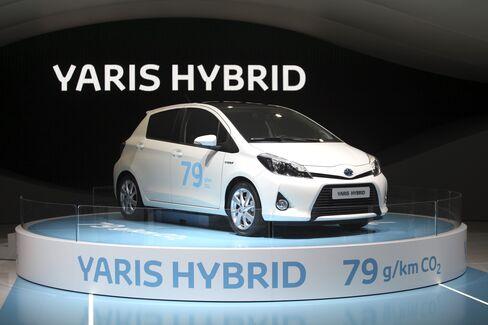 Toyota Turns to BMW to Power European Rebound Against VW