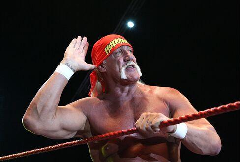 Professional Wrestler Hulk Hogan