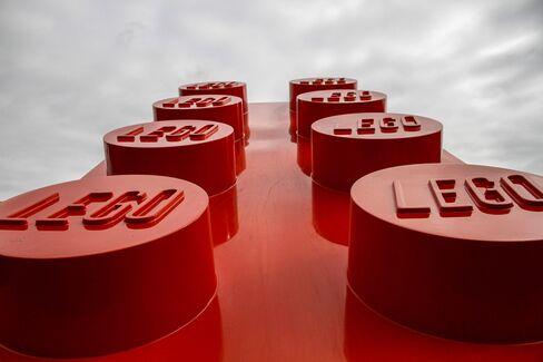 Lego Beats Hasbro as World's No. 2 Toymaker
