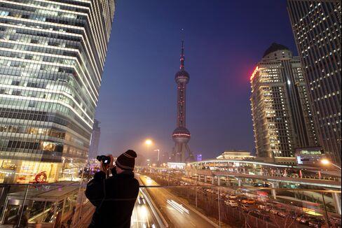 China Jan. CPI Rises 2%, Matching Economists' Estimates