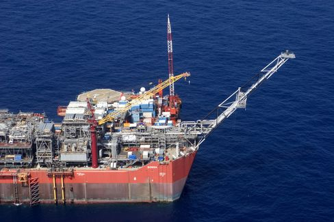 Shell Shuts Nigeria's Bonga Field After Leak During Loading