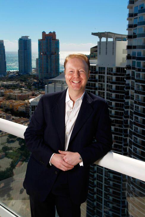 Darren Weiner, managing director of Douglas Elliman's Sports & Entertainment Division.