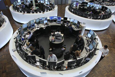 European Stocks, U.S. Index Futures Climb