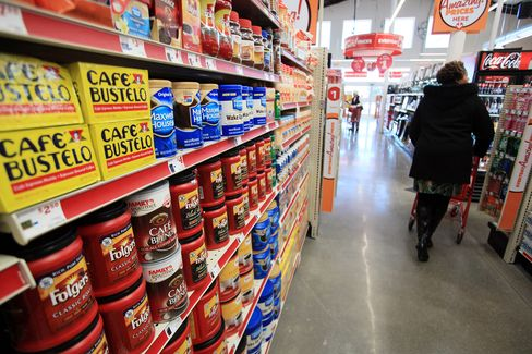 Dollar Tree Agrees to Buy Family Dollar for $74.50 a Share