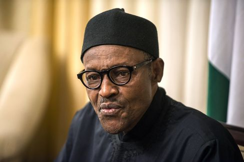 Nigeria Economics Loses to Politics as Buhari Takes Naira Stand
