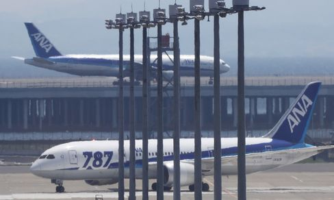 ANA Finds Wiring Defects in Dreamliners as JAL Plane Scraps Trip