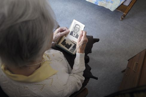 Medicare Panel Says Alzheimer's Brain Scan Not Sure to Help
