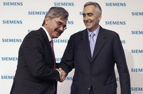 Siemens to Replace CEO as Loescher Fails to Emulate Peers