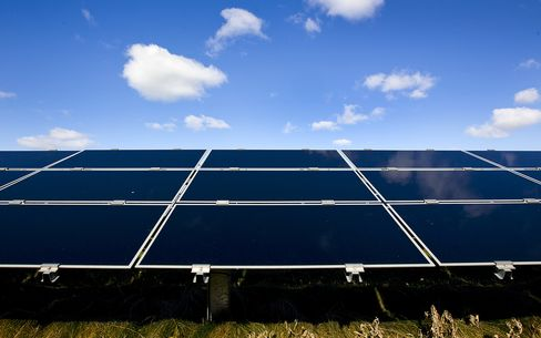 Solar's 'Decade of Mergers' Starts as Falling Prices Imperil