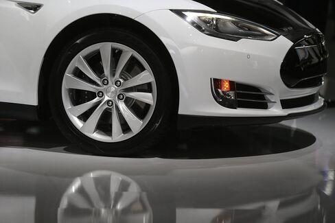 Tesla's Model S Automobile