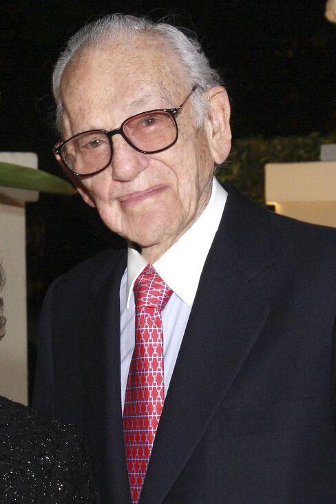 Madoff Investor Shapiro Agrees to Forfeit $625 Million