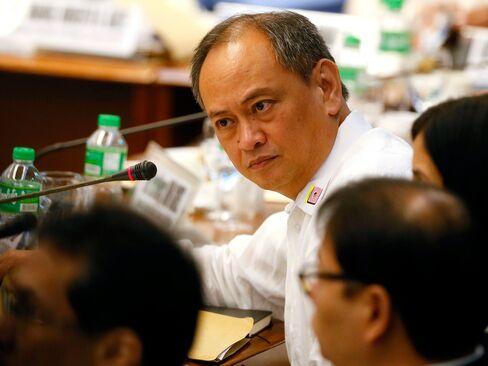 BB heist: Philippines bank RCBC's treasurer quits