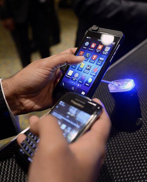 BlackBerry's U.S. Debut for Z10 Marks Biggest Test of Comeback