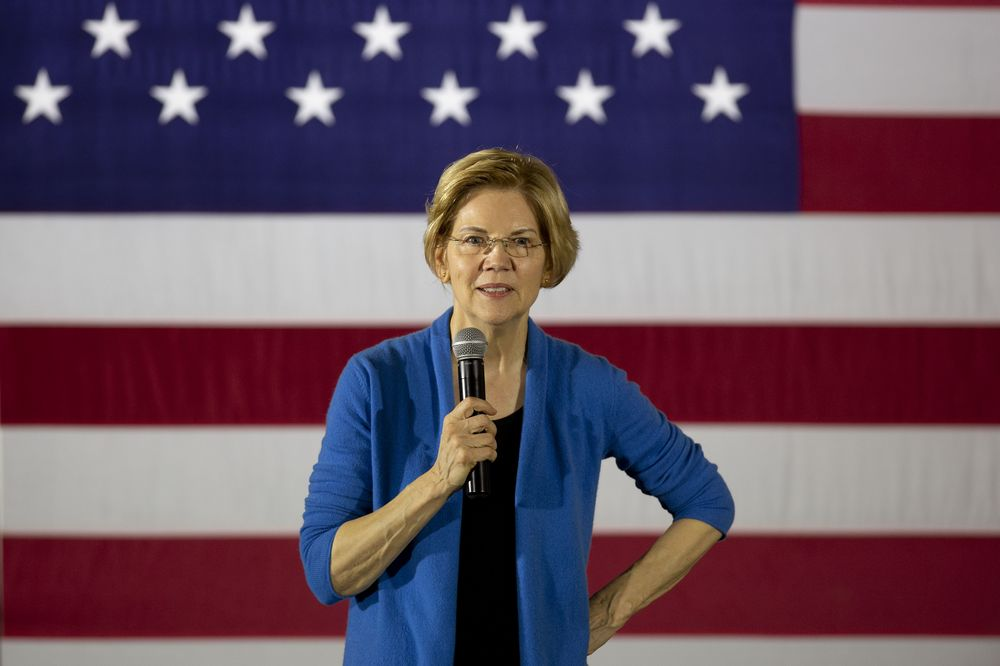 Senator Elizabeth Warren Holds Organizing Events In Iowa