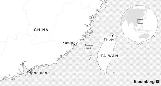 As U.S. Confronts China on Trade, Taiwan Tensions Quietly Build