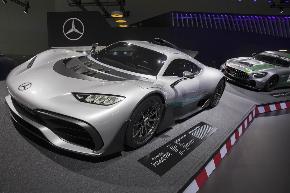 Top Consumer Rated Luxury Vehicles Of 2018: The Best Luxury Cars At The 2018 Los Angeles Auto Show