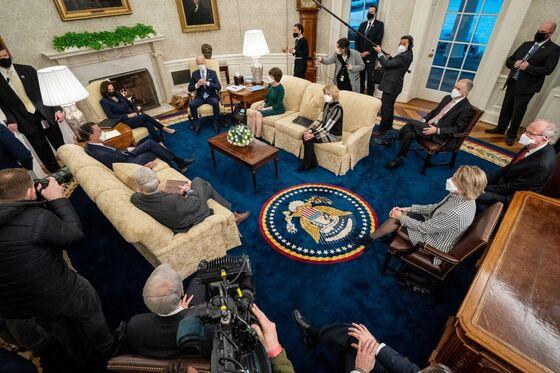 Biden's $1.9 Trillion Stimulus Plan Enters 3-Week Dash in Congress