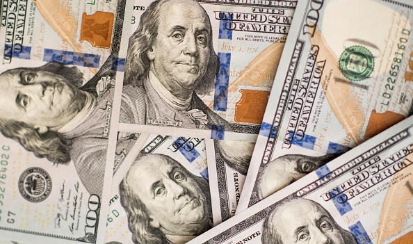 bloomberg.com - John Authers - The Bond Market Isn't Making Sense