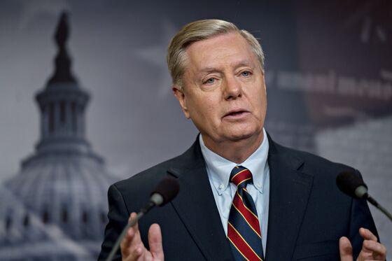Graham Pushes Trump to Add Debt Limit Increaseto Border Security Talks