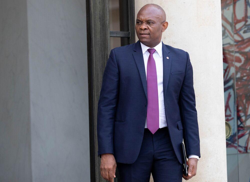 Nigerian Mogul Elumelu Targets $2.5 Billion Power Build-Out