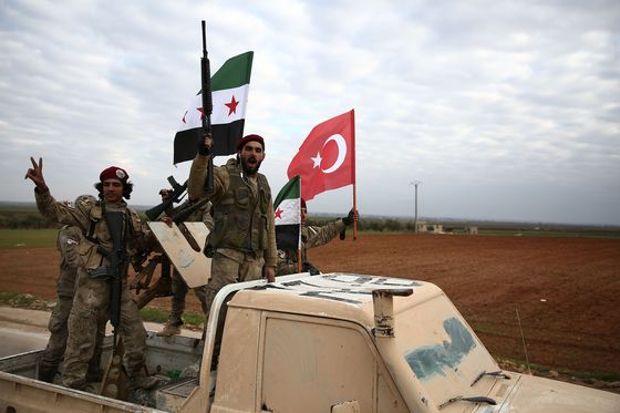 Erdogan Signals Lasting Turkey Role in Syria Amid U.S. Confusion