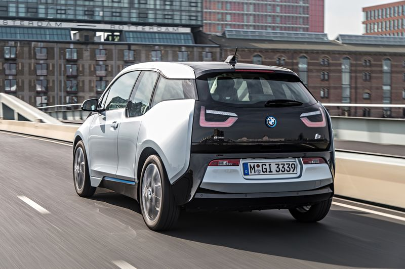The BMW i3 Is a Peppy Efficient Pain in the Back  Bloomberg
