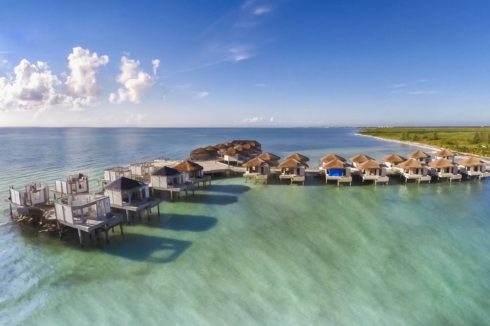 0a61a83db67b72 1468353129 mexico-overwater-bungalows-bloomberg-palafitos-01-hp