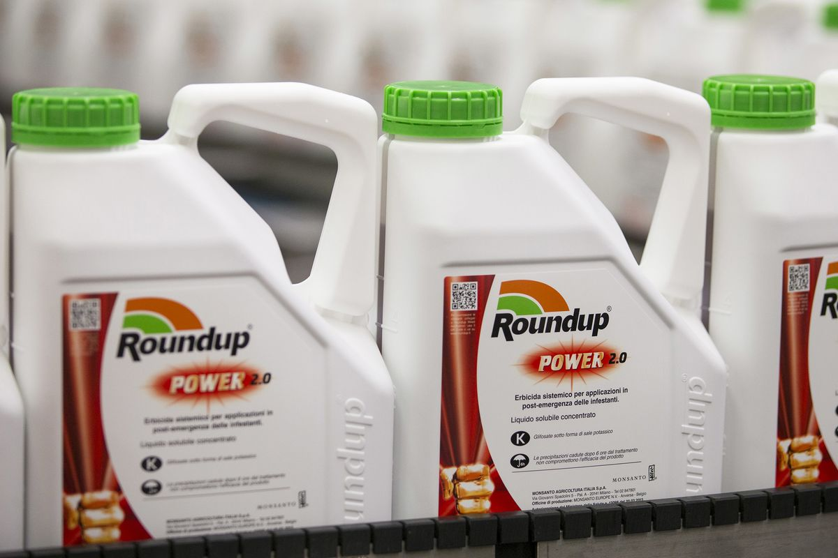 Bayer Proposes Paying $8 Billion to Settle Roundup Cancer Claims