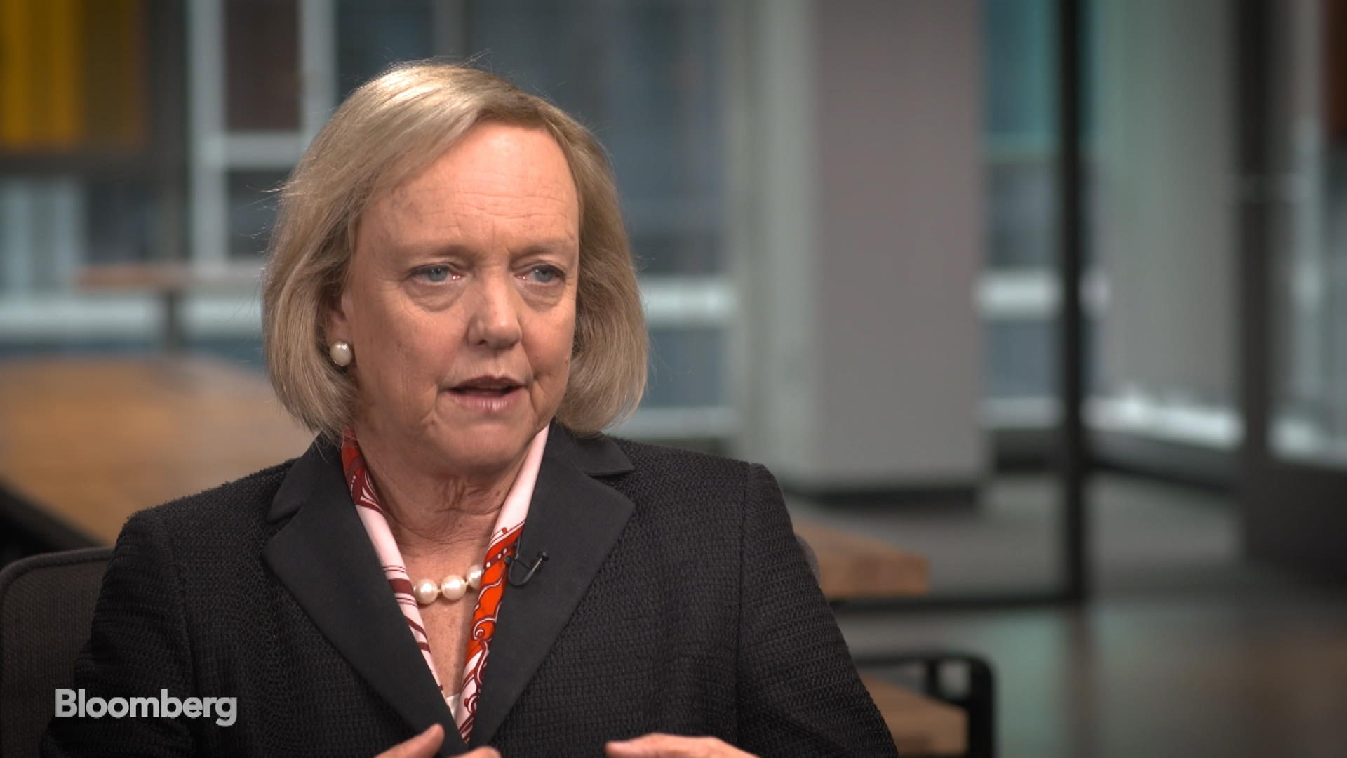 Whitman Says 'It's Unwise' For Businesses to Head Into China Alone