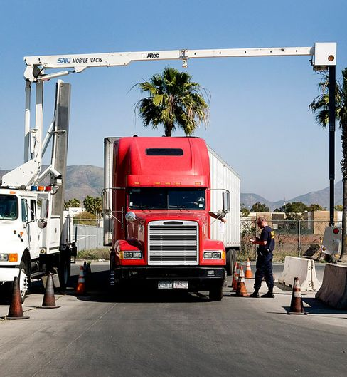 U.S.-Mexico Truck Open Border Limited to 33 Crossings, DOT Says