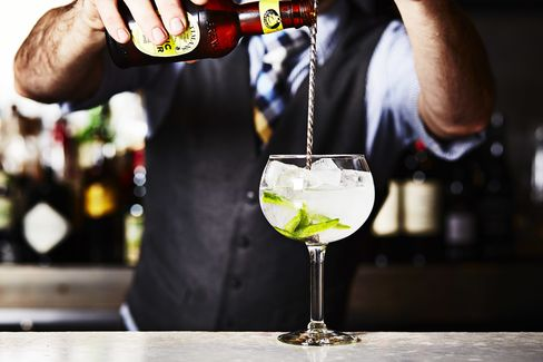 Brokers Gin, Coconut, Jalapeno, Fentimans Tonic at Sable Kitchen & Bar