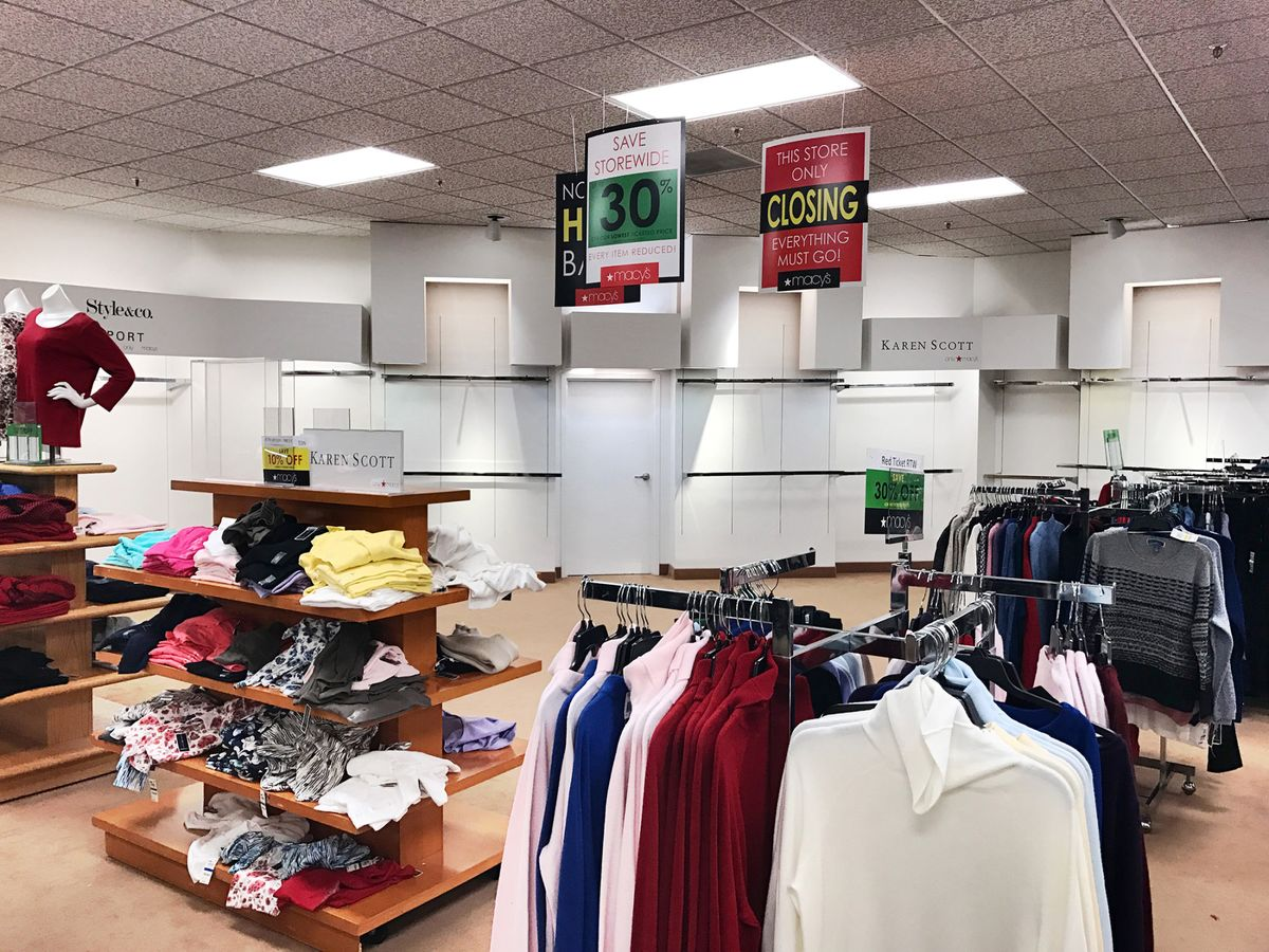 86b01a6dcc Macy s Has a Plan to Survive the Retail Apocalypse - Bloomberg