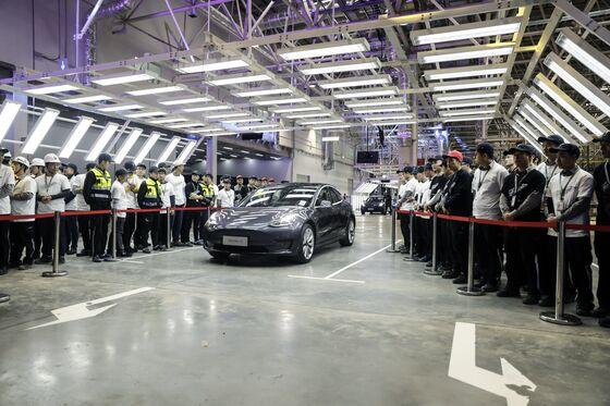 Tesla Registrations Rise Again in China Despite Slowdown