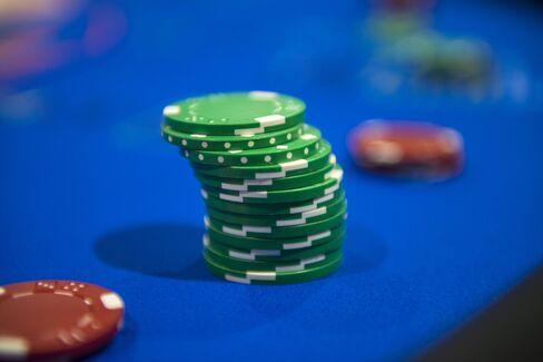 ポーカーゲームのチップ(米ラスベガス)