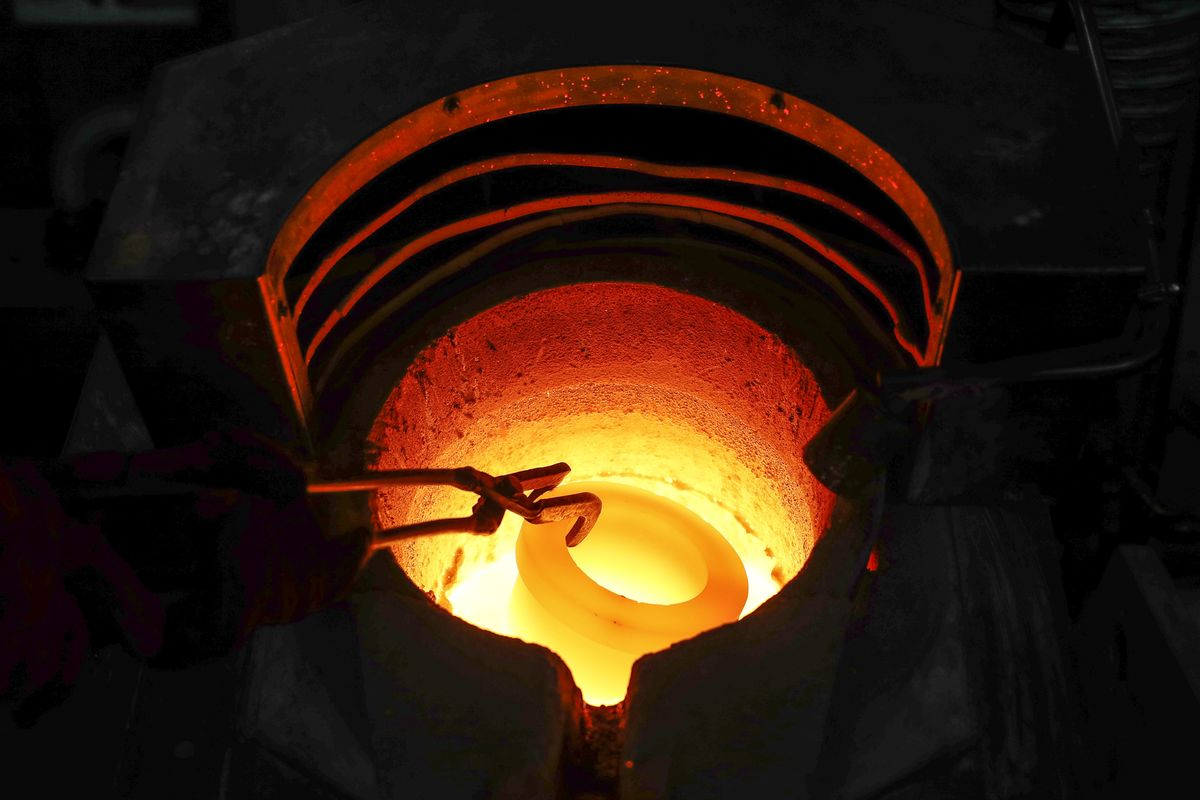 Gold Gains, Copper Slips as 'Unknown' on Trade Deal Roils Metals