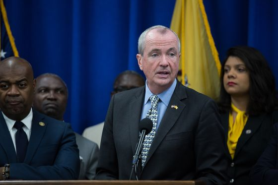 N.J. Shutdown Averted as Governor Said to Reach Budget Deal