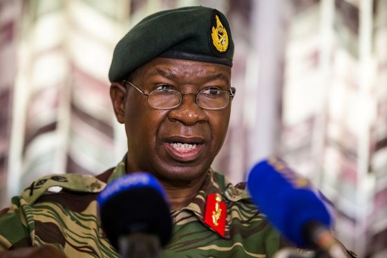 Zimbabwe Army Boss Is Said to Demand: Who Ordered Crackdown?