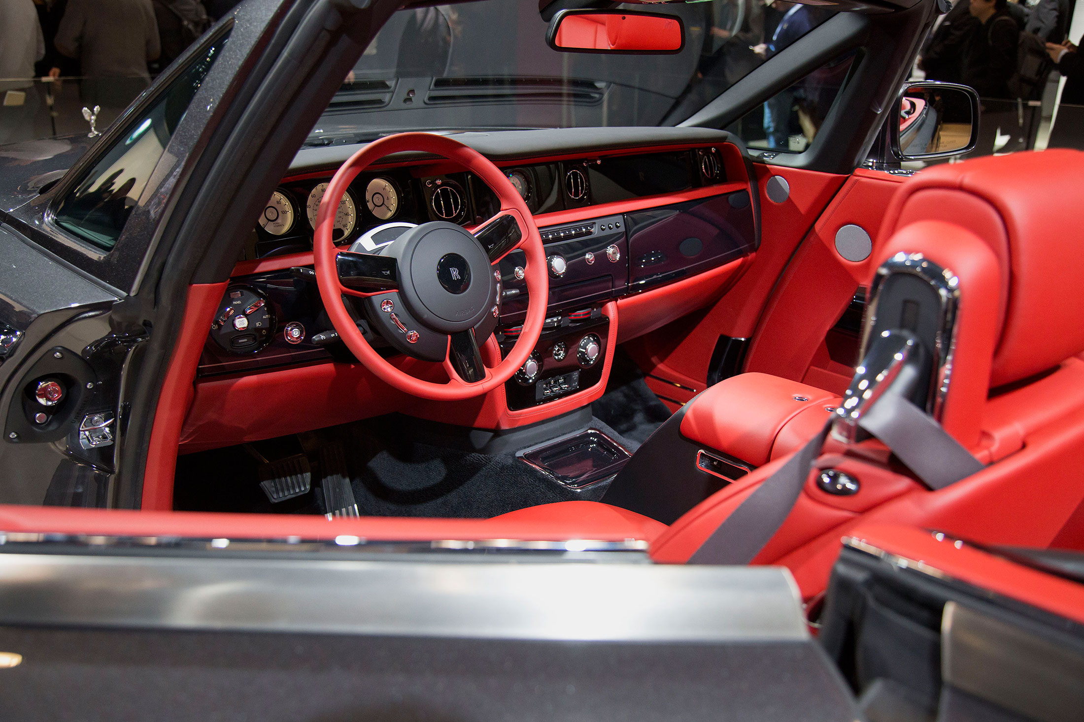 most thrilling cars from 2015 new york auto show bloomberg. Black Bedroom Furniture Sets. Home Design Ideas