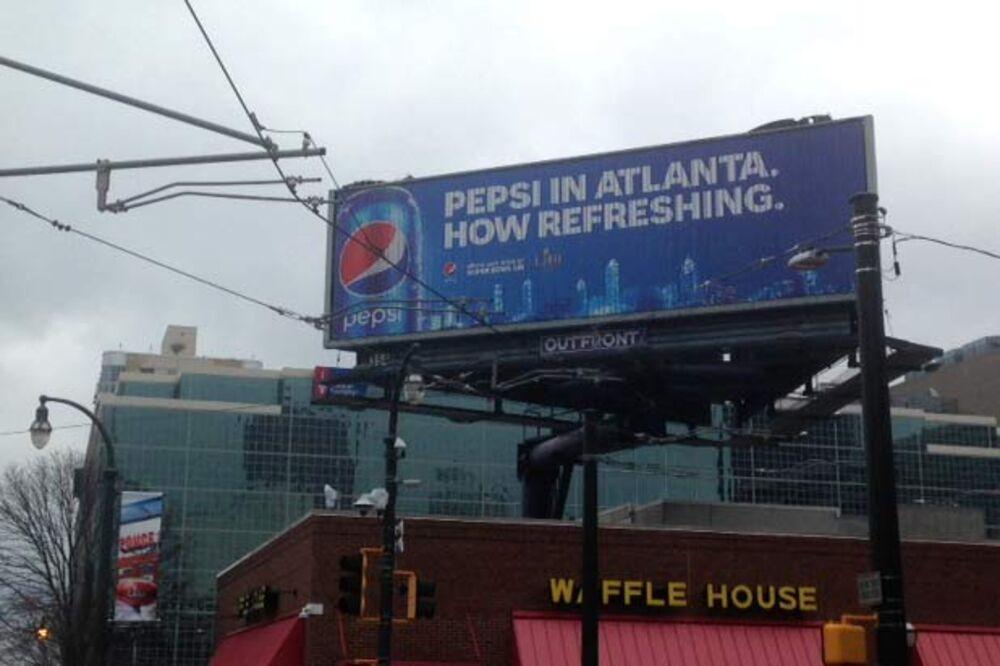ad215aca34d973 Pepsi (PEP) Invades Coke Country (KO) for Atlanta Super Bowl - Bloomberg