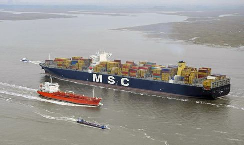 MSC Sets Record for Biggest Ship in U.S. as Rates Climb