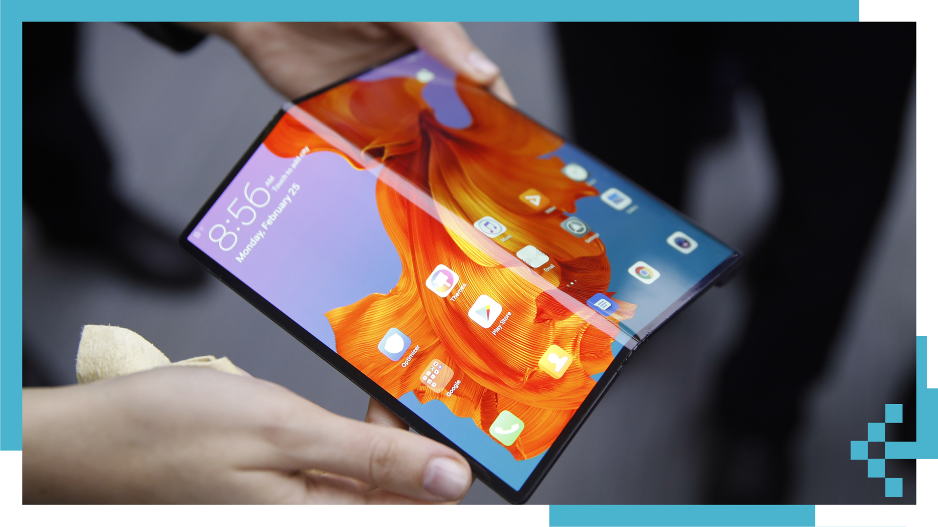 Will Foldable Screens Save Smartphones?